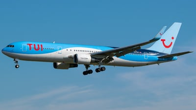 A picture of PHOYI - Boeing 767304(ER) - TUI fly - © Finnographie