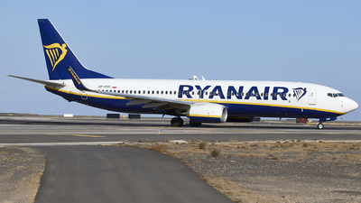A picture of SPRSP - Boeing 7378AS - Ryanair - © Manu Aldana