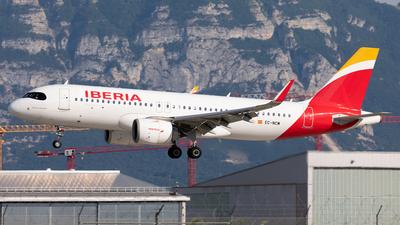 A picture of ECNCM - Airbus A320251N - Iberia - © Alexandre Fazan