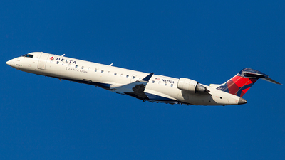 N371CA - Bombardier CRJ-701 - Delta Connection (ExpressJet Airlines)