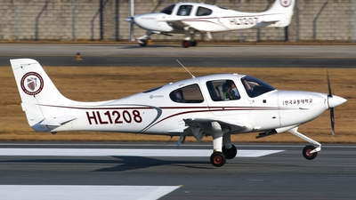 HL1208 - Cirrus SR20 - Korea National University of Transportation