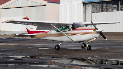 A picture of N4938S - Cessna R182 Skylane RG - [R18201477] - © Moises Moreno