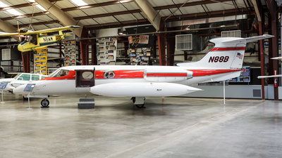 N88B - Gates Learjet 23 - Private