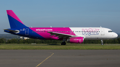 A picture of HALWK - Airbus A320232 - Wizz Air - © Tjorve. Henzler