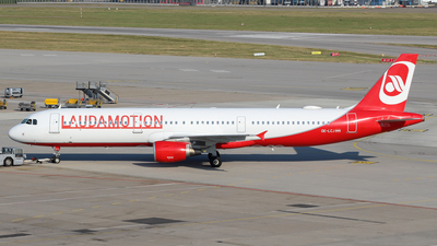 OE-LCJ - Airbus A321-211 - LaudaMotion