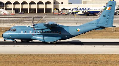 253 - CASA CN-235M-100 - Ireland - Air Corps