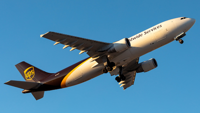 N166UP - Airbus A300F4-622R - United Parcel Service (UPS)