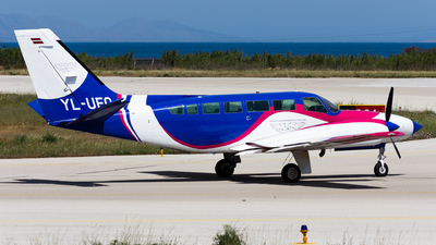 YL-UFO - Cessna 404 Titan - Institute for Environmental Solutions