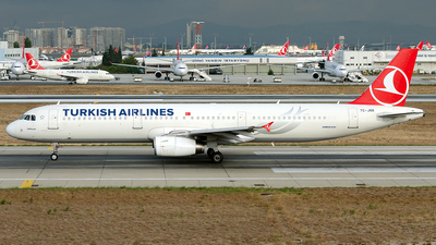 TC-JRR - Airbus A321-231 - Turkish Airlines