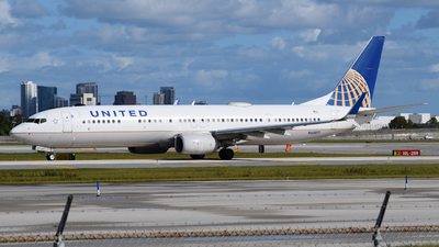N68817 - Boeing 737-924ER - United Airlines