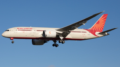 A picture of VTANG - Boeing 7878 Dreamliner - Air India - © Piotr Persona