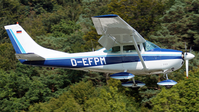 D-EFPM - Cessna 182G Skylane - Private