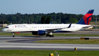 N694DL - Boeing 757-232 - Delta Air Lines
