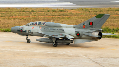 2432 - Chengdu FT-7MB - Bangladesh - Air Force