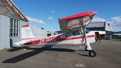 ZK-RWC - Cessna 180B Skywagon - Private