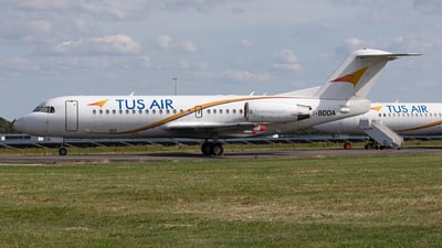 5-BDDA - Fokker 70 - Tus Airways