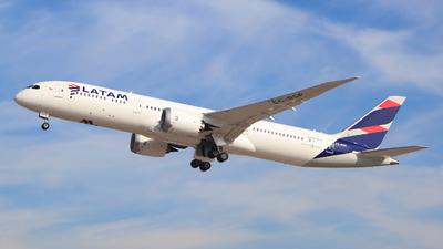 A picture of CCBGP - Boeing 7879 Dreamliner - LATAM Airlines - © Claudio Pérez SpotterPrado
