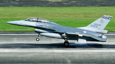6829 - General Dynamics F-16BM Fighting Falcon - Taiwan - Air Force