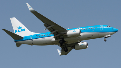 A picture of PHBGI - Boeing 7377K2 - KLM - © TommiAvery