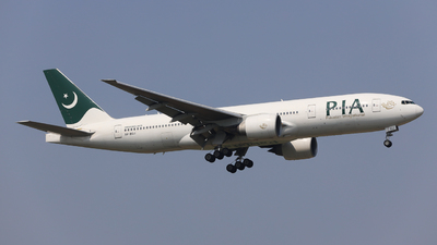 A picture of APBGJ - Boeing 777240(ER) - Pakistan International Airlines - © Charlie-Aviationphotography