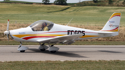 EC-GD5 - Skyleader 200 - Private
