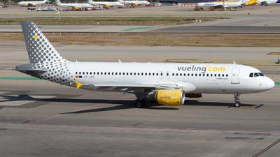 EC-LOC - Airbus A320-214 - Vueling