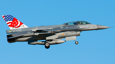 96-5035 - Lockheed Martin F-16DJ Fighting Falcon - Singapore - Air Force