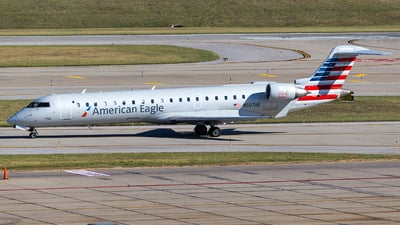 A picture of N507AE - Mitsubishi CRJ701ER - American Airlines - © Wenjie Zheng
