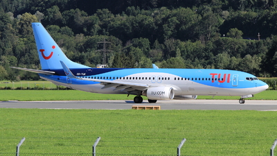 OO-TUK - Boeing 737-86J - TUI