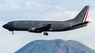 3529 - Boeing 737-33A - Mexico - Air Force
