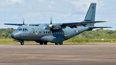 129 - CASA CN-235M-200 - France - Air Force