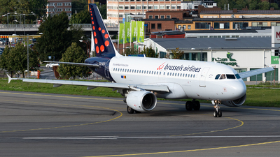 A picture of OOSSV - Airbus A319111 - Brussels Airlines - © Aaron Vancoillie