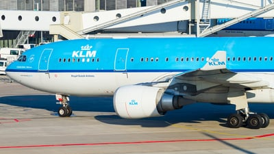 PH-AOF - Airbus A330-203 - KLM Royal Dutch Airlines
