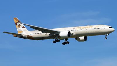 A picture of A6ETA - Boeing 7773FX(ER) - Etihad Airways - © cmqmc