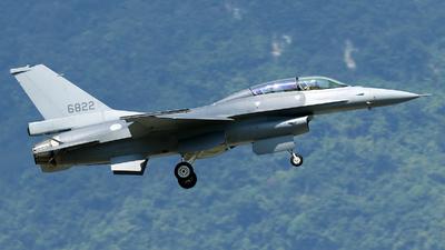 6822 - General Dynamics F-16BM Fighting Falcon - Taiwan - Air Force