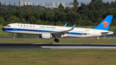 A picture of B30E2 - Airbus A321253NX - China Southern Airlines - © Jack Green
