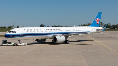 D-AYAW - Airbus A321-253NX - China Southern Airlines