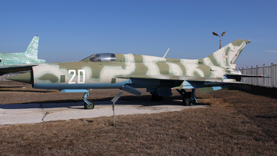 20 - Mikoyan-Gurevich MiG-21PF Fishbed - Bulgaria - Air Force