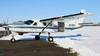 OO-SEX - Cessna 208B Grand Caravan - Sky Dive Spa