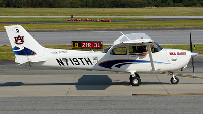 N719TH - Cessna 172S Skyhawk - Auburn University Aviation