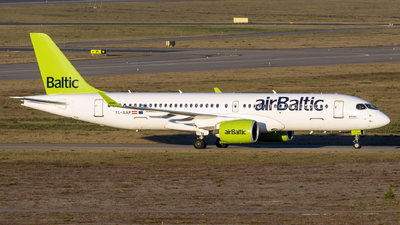 A picture of YLAAP - Airbus A220300 - Air Baltic - © Mikko Heiskanen