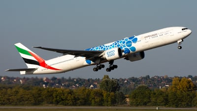 A6-EPB - Boeing 777-31HER - Emirates