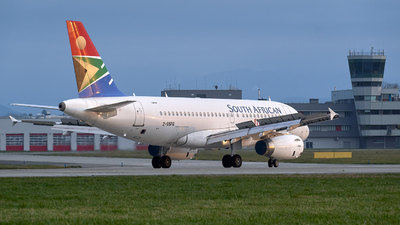 2-SSFG - Airbus A319-131 - South African Airways