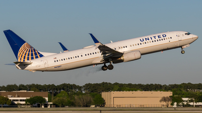 N61887 - Boeing 737-924ER - United Airlines