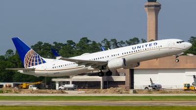 N37516 - Boeing 737-9 MAX - United Airlines