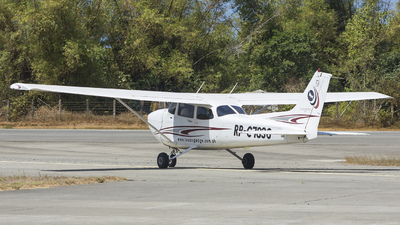 RP-C7836 - Cessna 172S Skyhawk SP - Leading Edge International Aviation Academy