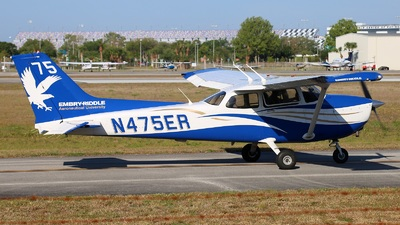 N475ER - Cessna 172S Skyhawk SP - Embry-Riddle Aeronautical University (ERAU)