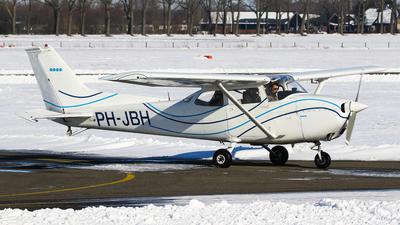 PH-JBH - Reims-Cessna F172M Skyhawk - Private