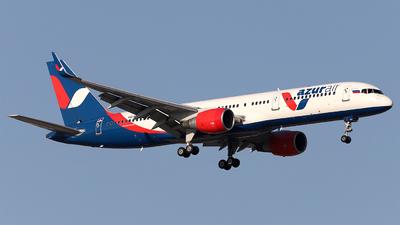 A picture of VQBEY - Boeing 7572Q8 - Azur Air - © Firat Cimenli