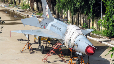 1421 - Chengdu F-7MB - Bangladesh - Air Force